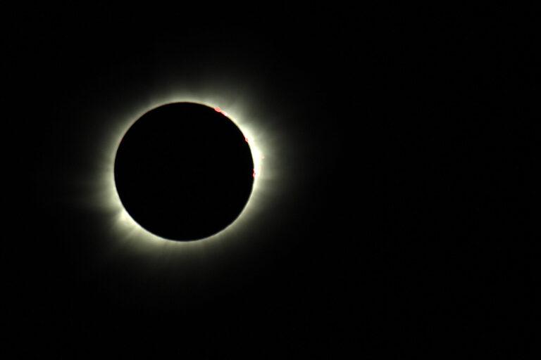 Sonnenfinsternis-2_1500x1000flipped